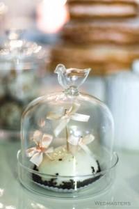Saldaus stalo dekoras su keksiuku